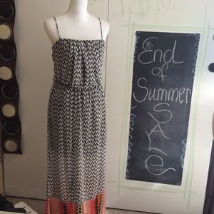 Heart and soul maxi dress Sz L