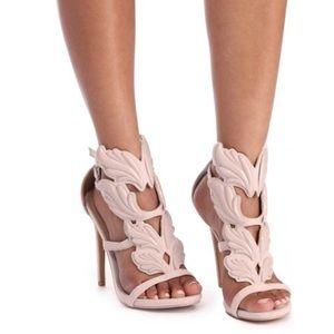 Winged Goddess Heels! Size 6.5