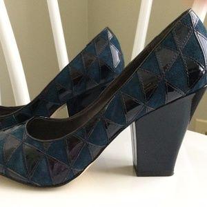 Franco Sarto Size 9 heels
