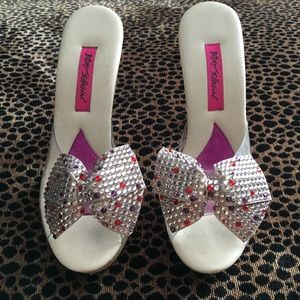 Betsey Johnson Glitter Bow Polly Shoes
