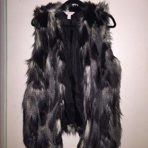 Nordstrom brand faux fur vest NEVER WORN