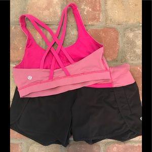 Matching set of Lululemon run short and energy bra