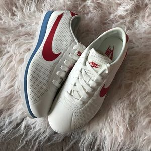 more photos 2b2b9 20107 Nike Shoes - NWT Nike Cortez Ultra Moire 👌🏻