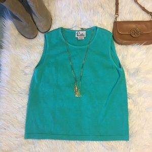WHITE LABEL LILLY PULITZER BLUE SLEEVELESS SWEATER