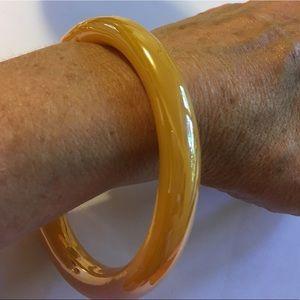 Jewelry - Glass Bangle Butterscotch