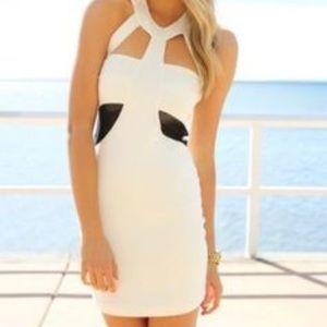 NWT Sabo Skirt Delve Cutout Halter Dress Size US 2