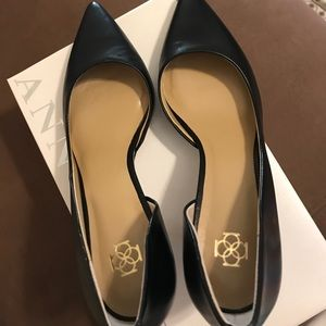 Ann Taylor Black leather kitten heels
