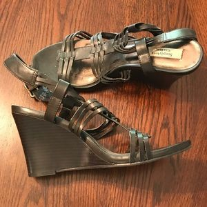 Vera Wang Strappy Brown Wedges