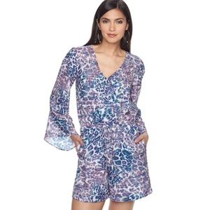 NWT JLO Size Large Bell Sleeve Shorts Romper