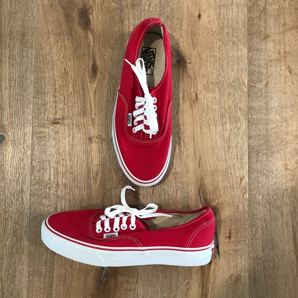 4e7fce7a8d2af3 Vans Off The Wall Authentic Core Classics Red. M 59c8265b8f0fc452d203b757