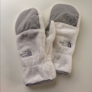 The North Face Denali White Fleece Mittens Gloves