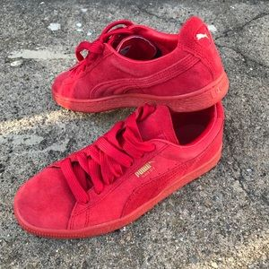 Red Puma Sneakers - Never worn