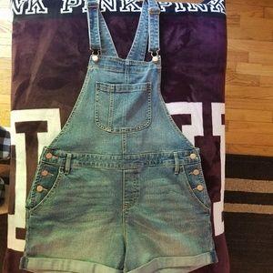 Old Navy short overalls
