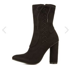 ankle boots 1 hour sale !!