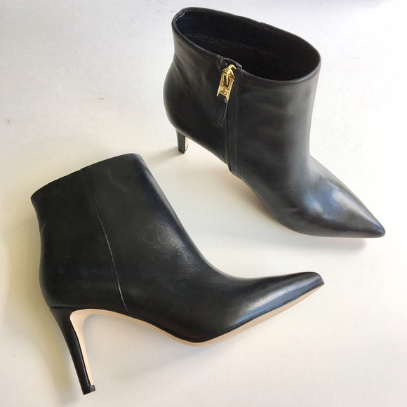 76d85276f3a35e ... Karen Black Pointed Toe Ankle Boot. M 59c82afa9c6fcf9b4903ea4a