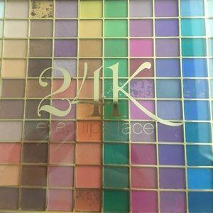 ELF 24K eyeshadow palette.