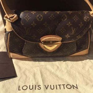 Louis Vuitton Like NEW Beverly Shoulder Bag