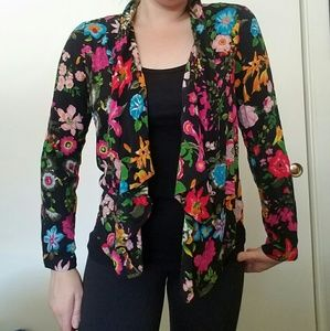 Anthropologie Colorful Flower shirt, wear 2 ways!