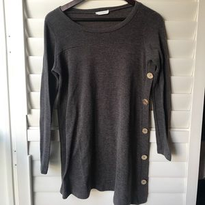 Reborn J Tunic with Side Buttons