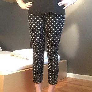 Old Navy Daisy Print Ankle Pixie Pants