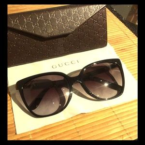 GUCCI 3502/S sunglasses like new