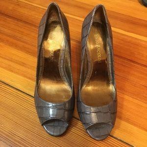 Enzo Angiolini peep toe pump, size 4