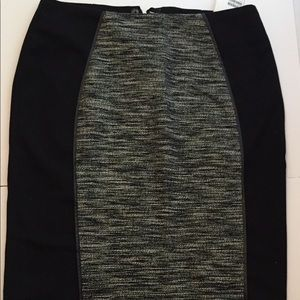H&M black and Grey pencil Skirt size 4 NWT