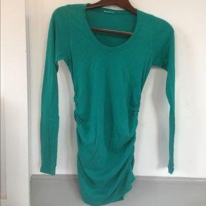 🔴EUC- 🤰soft comfy turquoise green maternity tee