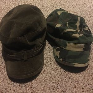 Army print & Green Velour Hat