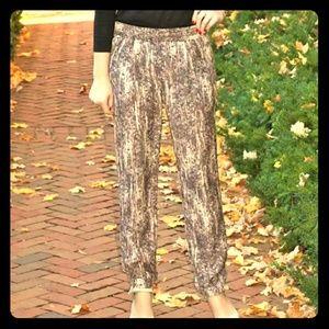 "Zara ""Sequin"" trousers. Sooo beautiful!!"