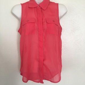 Coral button down blouse 👚