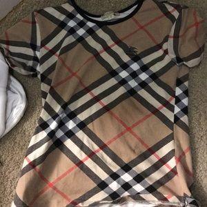 Burberry t-shirt for women