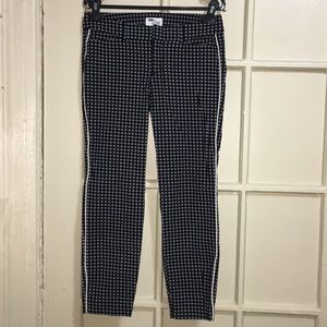 Old Navy The Diva ankle length pants size 4