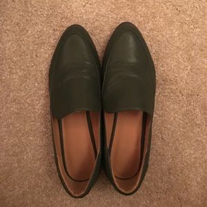 Outfitters size 7 loafer