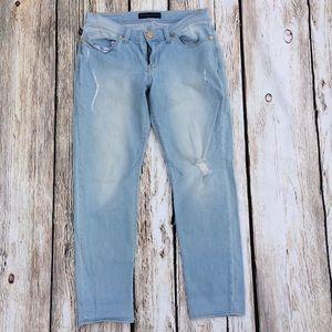Rock & Republic straight leg jeans distressed 8