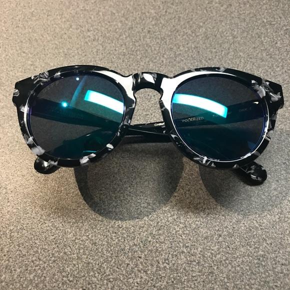 6c7a93a198d Diff Eyewear Accessories - Women s DIFF polarized sunglasses.
