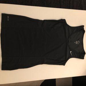Nike sleeveless workout top