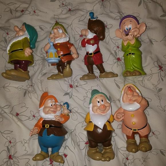 Disney Accessories Snow White Dwarfs Garden Decor Poshmark