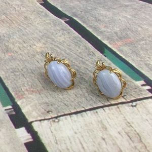 Jewelry - Oval Earrings