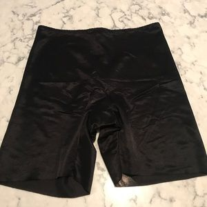 SPANX (never worn), Medium