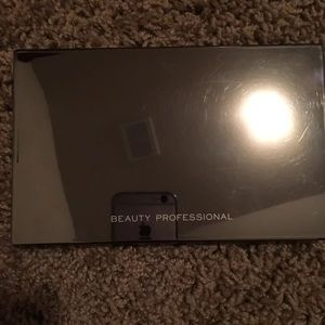 Beauty Professional Makeup Palette