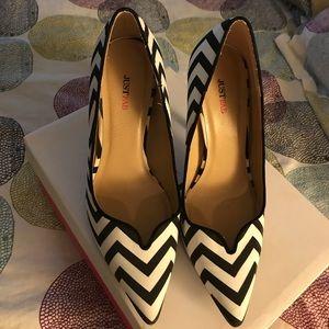 Chevron black and white shoes