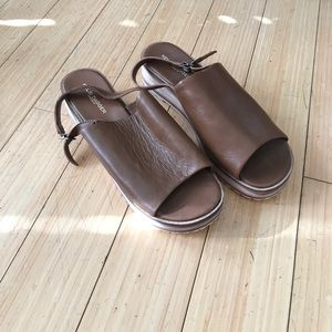 Leather and wood platform sandals
