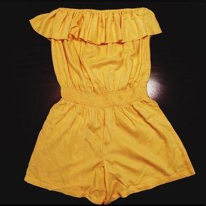 Strapless yellow romper