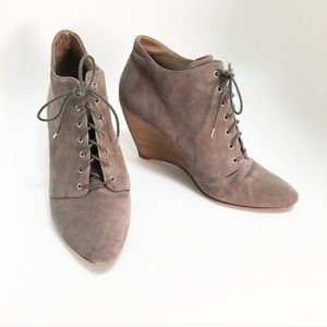 Belle by Sigerson Morrison. Size 9. Booties