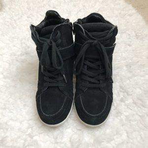 Steve Madden Haana Black Hidden Wedge Sneaker