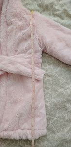 Blankets and Beyond Bedding - Blankets and Beyond Snuggly bathrobe NWOT
