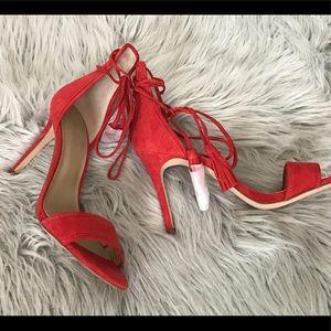 Heels - ankle wrap w/ tassels