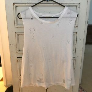 Tops - White distressed t-shirt