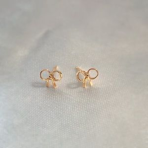 Jewelry - 🎀Real 18KT YG BowDesign Earrings🎀